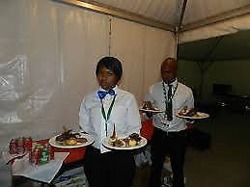 Waiters ess, bartenders and chefs needed in Johannesburg now